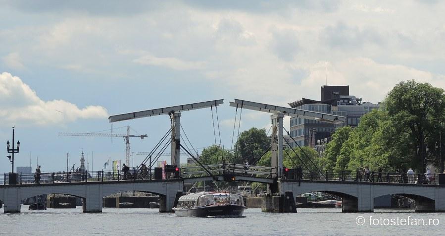 locuri de vizitat in amsterdam podul magere brug