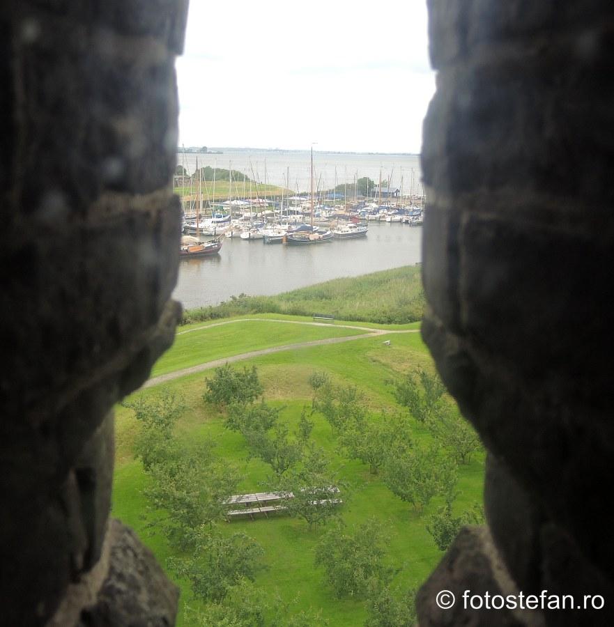 fereastra ingusta castel muiden olanda