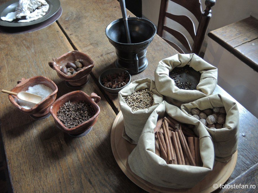 poza condimente bucatarie medievala muzeu muiden olanda