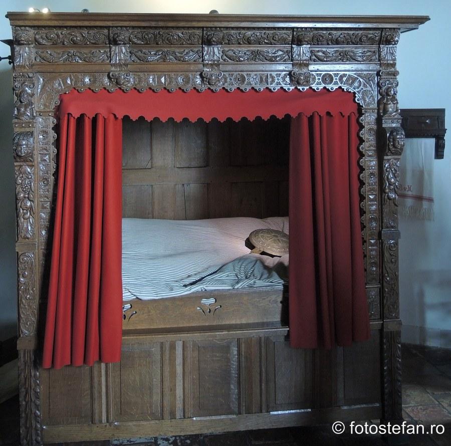 poza pat dulap dormitor castelul Muiderslot
