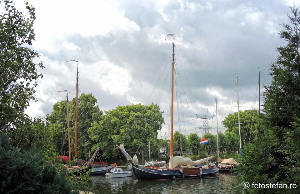 vapor canal olanda oras locuri de vizitat langa Amsterdam