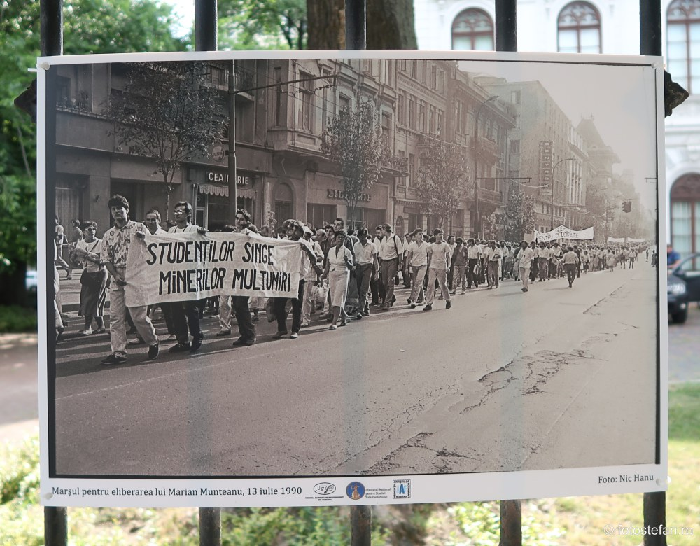 fotografie documentara mineriada bucuresti 13 15 iunie 1990