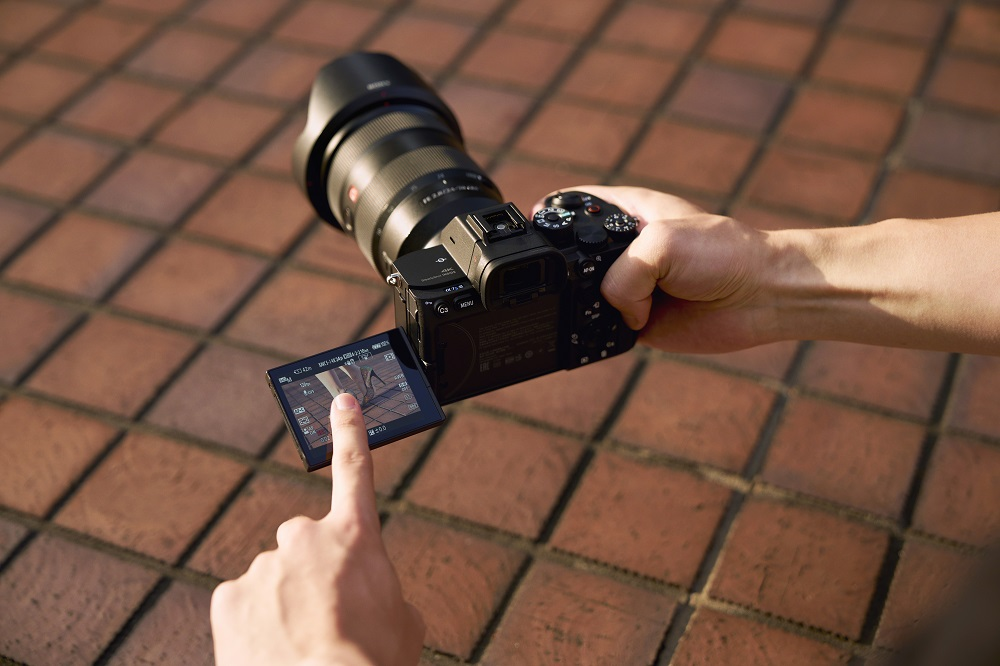 poza mirrorless sony a7s iii lcd tactil