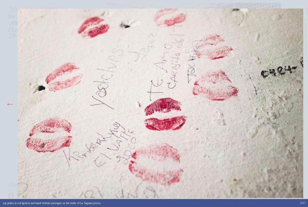 fotgrafie urme ruj saruturi perete desene rosu