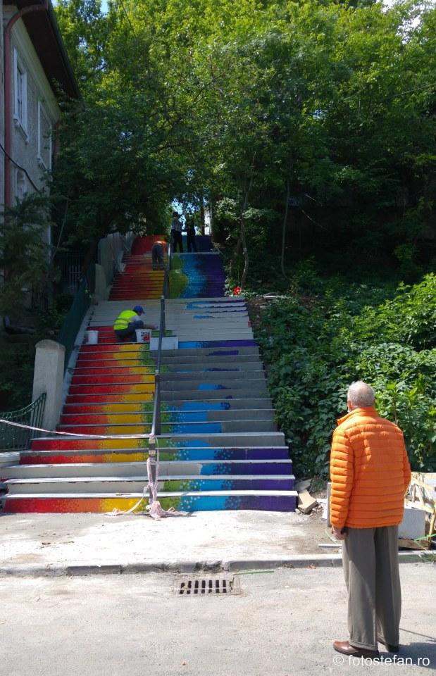 fotografie contructie scari colorate parc romniceanu cotroceni bucuresti