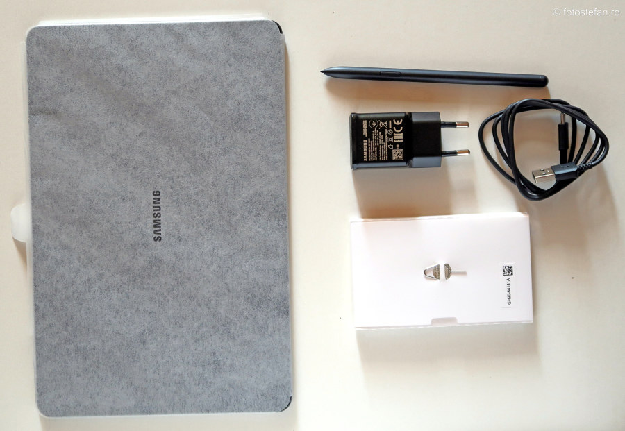 poza continut cutie tableta Samsung Galaxy Tab S7 review pareri