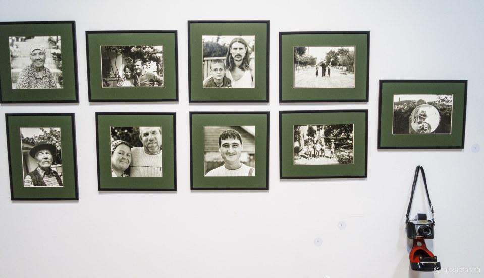 fotografii poza aparat foto muzeul taranului roman bucuresti