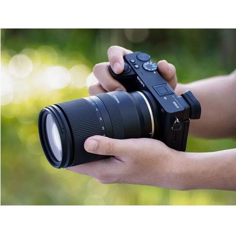 Tamron 17-70mm F2.8 Di III-A VC RXD aparat foto sony mirrorless