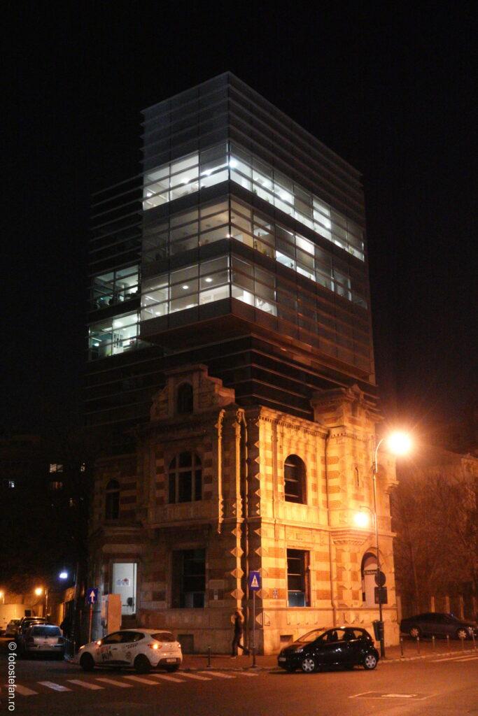 sony zv-1 poza seara cladire piata revolutiei fostul sediu al securitatii