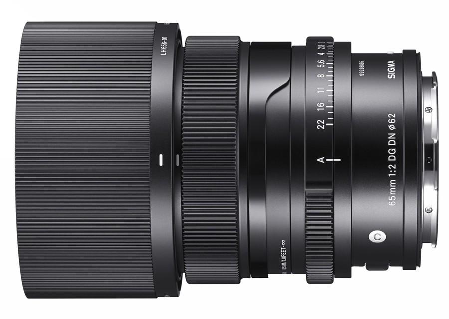 poza obiectiv aparat foto mirrorless SIGMA 65mm F2 DG DN