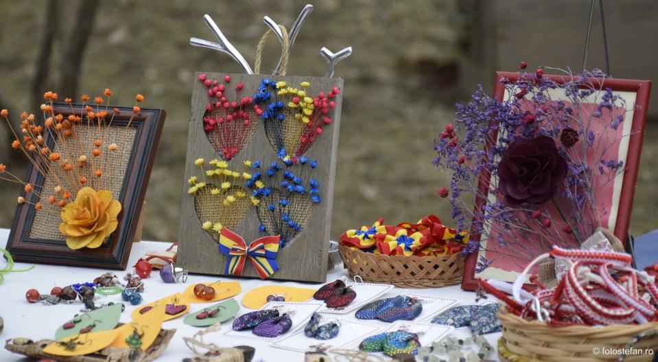 decoruri poze muzeul satului bucuresti primavara dragobetele