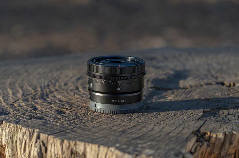 poza obiectiv sony FE 40mm F2.5 G SEL40F25G mirrorless full frame