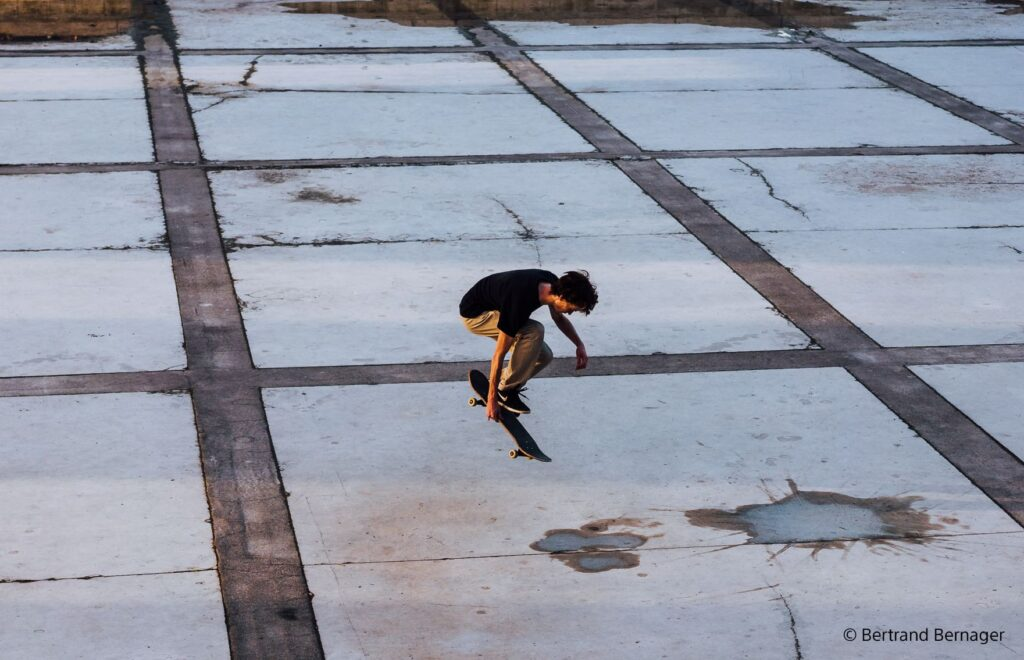 poza skateboard sony FE 50mm F2.5 G obiectiv mirrorless full frame