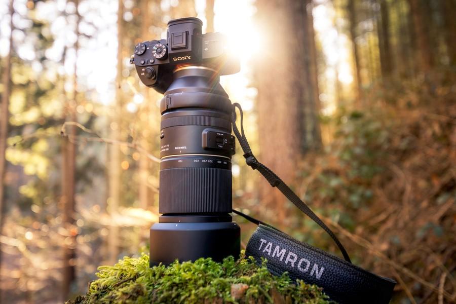 poza obiectiv zoom tamron 150-500mm mirrorless sony
