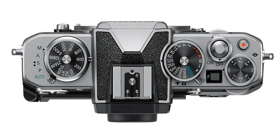 butoane aparat foto mirrorless design retro Nikon Z fc
