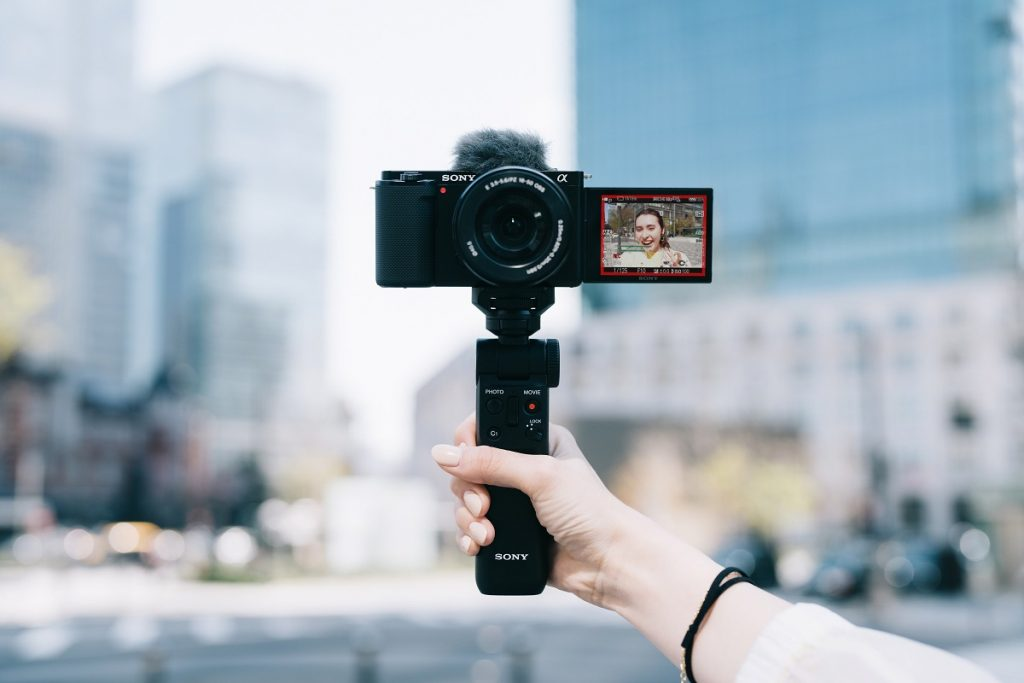 poza mirrorless vlogging vlogger