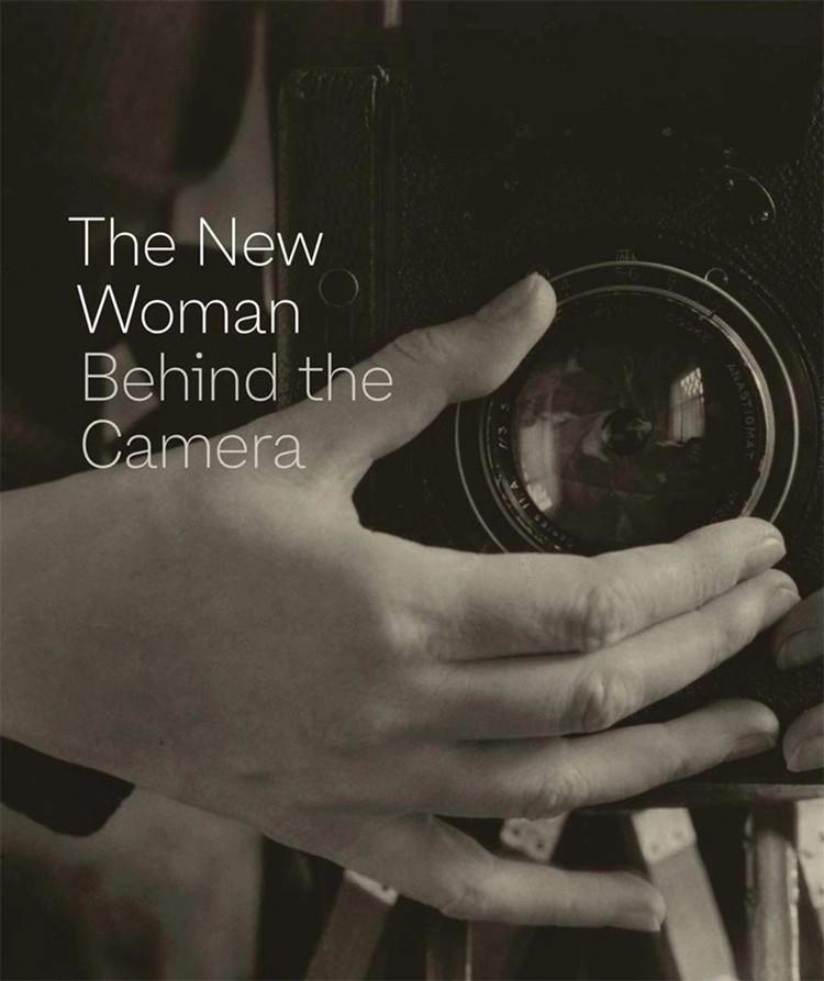 carte fotografe fete fotograf