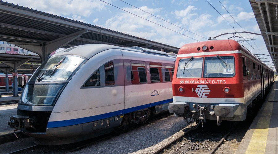 poza tren cfr tren privat gara de nord bucuresti