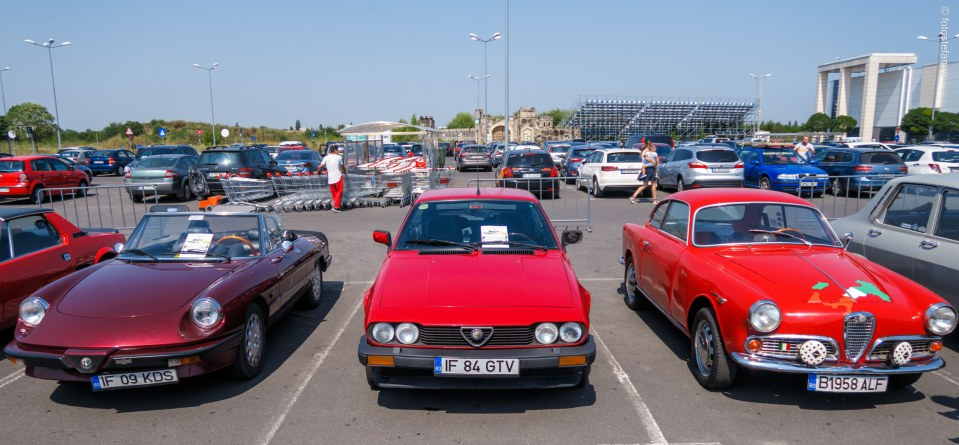 Expozitie de masini de epoca alfa romeo fotografii