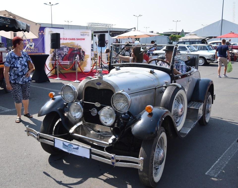 ford a 1928 masina istorica foto