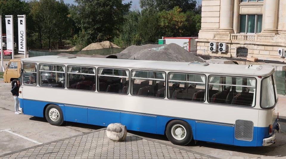 poza autobuz roman rd111 mnac casa poporului bucuresti